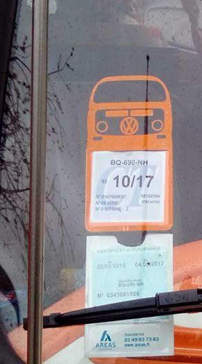 photos de nos clients du porte vignette assurance stickers auto r tro. Black Bedroom Furniture Sets. Home Design Ideas